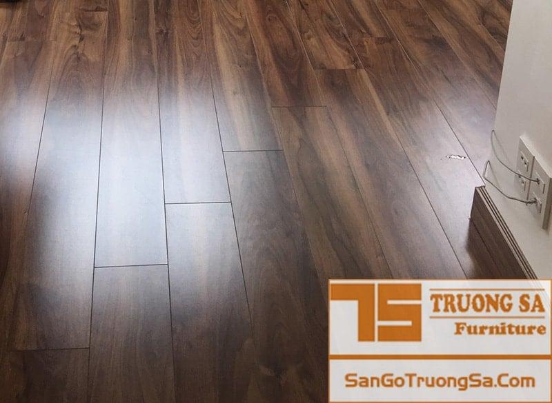 Sàn gỗ KronoSwiss D2300 SA
